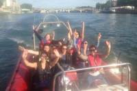 1-Hour Speed Boat Tour in Paris including 20 Minutes Speed Experience and Cruise
