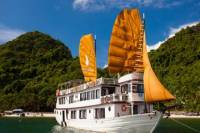 2-Day Halong Bay Cruise on the Phoenix Cruiser