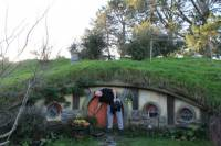2-Day Hobbiton, Rotorua, and Waitomo Tour from Auckland with Accommodation