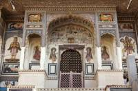 2-Day Private Architecture Tour from Jaipur: Mansions of Mandawa