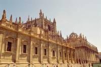 2-Day Sacred Portugal Trip: Fátima, Batalha, Sítio, Nazaré and Óbidos, from Lisbon
