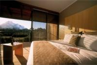 2-Day Western Victoria Luxury Tour Including Wine Tasting and Lunch at the Lake House Daylesford
