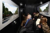 2-hour History and Interactive Bus Paris Tour