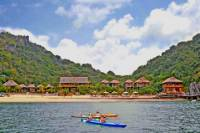 3-Day Halong Bay and Monkey Island Resort Tour from Hanoi