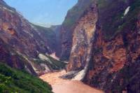 3-Day Private Tour: Tiger Leaping Gorge and White Water Terraces in Yunnan