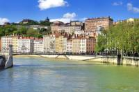 3-Night Tour from Marseille to Paris: Provence, Rhone-Alpes, Beaujolais and Burgundy