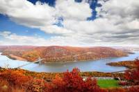 Private Hudson Valley Fall Foliage Helicopter Tour from Westchester (4-5 People)