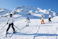4-Day or 6-Day Jasper Ski Trip at Marmot Basin from Edmonton