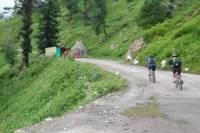 4-Day Sightseeing Mountain Bike Tour in Kullu Valley