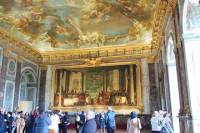 Versailles Guided Tour with Skip the Line Access from Paris