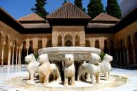7-Day Small Group Tour in Charming Hotels from Madrid to Andalucia and Toledo