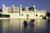 7-Day Unforgettable Rajasthan Mountains Lakes and Safaris Tour from Udaipur