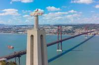 April 25th Bridge and Christ the King Bus Tour from Lisbon