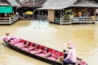 Bangkok Shore Excursion: Pattaya Floating Market and Pattaya Beach