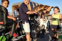 Barcelona Electric Bike Tour with Tapas and Drinks