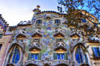 Barcelona Private Walking Tour including La Pedrera and Casa Batllo