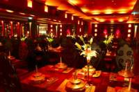 Beijing Luxury Dinner at Lost Heaven and VIP seated Acrobatic show plus Houhai Visit