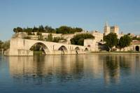 Best of Provence Day Trip from Marseille: Avignon, Chateauneuf-du-Pape and Les Baux de Provence