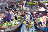 Cai Be Floating Market and Vinh Long City Day Trip from Saigon