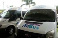 Cairns Arrival and Departure Shuttle or Private Transfer