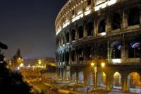 Colosseum by Night Walking Tour: Undergrounds and Arena
