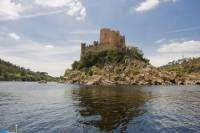 Cruise in Tejo to Almourol Castle from Tomar
