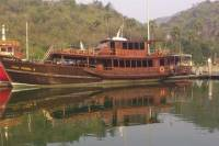 Day Cruise to Monkey Island in Sam Roi Yod National Park from Hua Hin