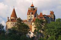 Day Trip to Dracula's Castle, Rasnov Fortress, Brasov and Peles Castle