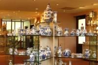 Delft Pottery Factory Tour Including Pottery Souvenir