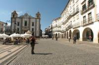 Evora and Monsaraz Private Day Tour from Lisbon
