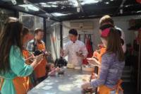 Experience Shanghai: Dumpling-Tasting Tour and Cooking Class