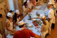 Florence Super Saver: Wine and Olive Oil Tasting Plus Gelato and Pizza Cooking Class