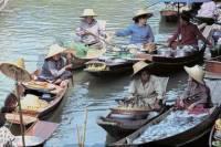 Full-Day Bangkok Tour of Damneon Saduak Floating Market and Rose Garden