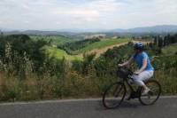 Full-Day Tuscan Hills Bike Tour