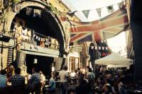 Gin and Food Market Bike Tour in London