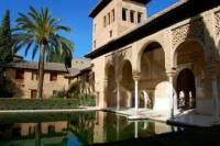 Granada Day Trip from Malaga, including the Alhambra Palace and Generalife Gardens