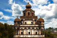 Guangzhou Guided Day Tour: Watchtowers of Kaiping, Li Garden and Chikan Old Town