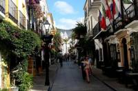 Half Day Tour in Marbella Old Town with Arab and Castilian Remains