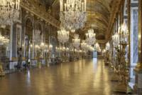 Half-Day Versailles Palace Guided Tour with Japanese Guide
