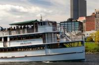 Hudson River Sightseeing Cruise from Albany