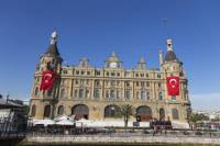 Istanbul Asian Side: Uskudar and Kadikoy Small-Group Tour with Lunch