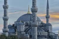 Istanbul Full-Day Tour with Hagia Sophia, Blue Mosque, Topkapi Palace, Grand Bazaar and local Turkish lunch