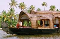 Kochi Private Tour: 2-Day Alappuzha Backwaters Houseboat Cruise