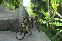 Light Off Road Mountain Bike Village Tour