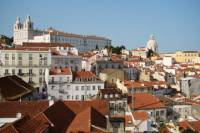 Lisbon 4-Hour Small-Group Walking Tour Including Tram 28 Ride