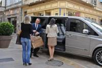 Lisbon Shopping in Outlet - Half Day Private Tour