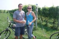 Long Island Wine Country Bike Tour Including Tastings and Picnic Lunch
