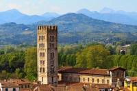 Lucca and Pisa Full Day Tour