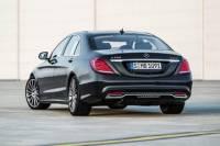 Luxury Vehicle Private Departure Transfer: Vienna International Airport