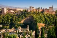 Malaga Shore Excursion: Skip-the-Line Alhambra and Generalife Gardens Tour in Granada